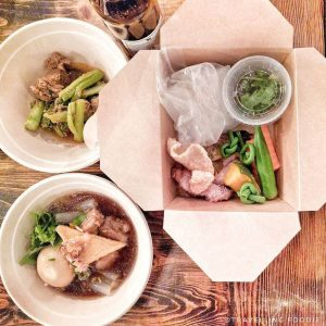 Travelling Foodie eats at Pai Market