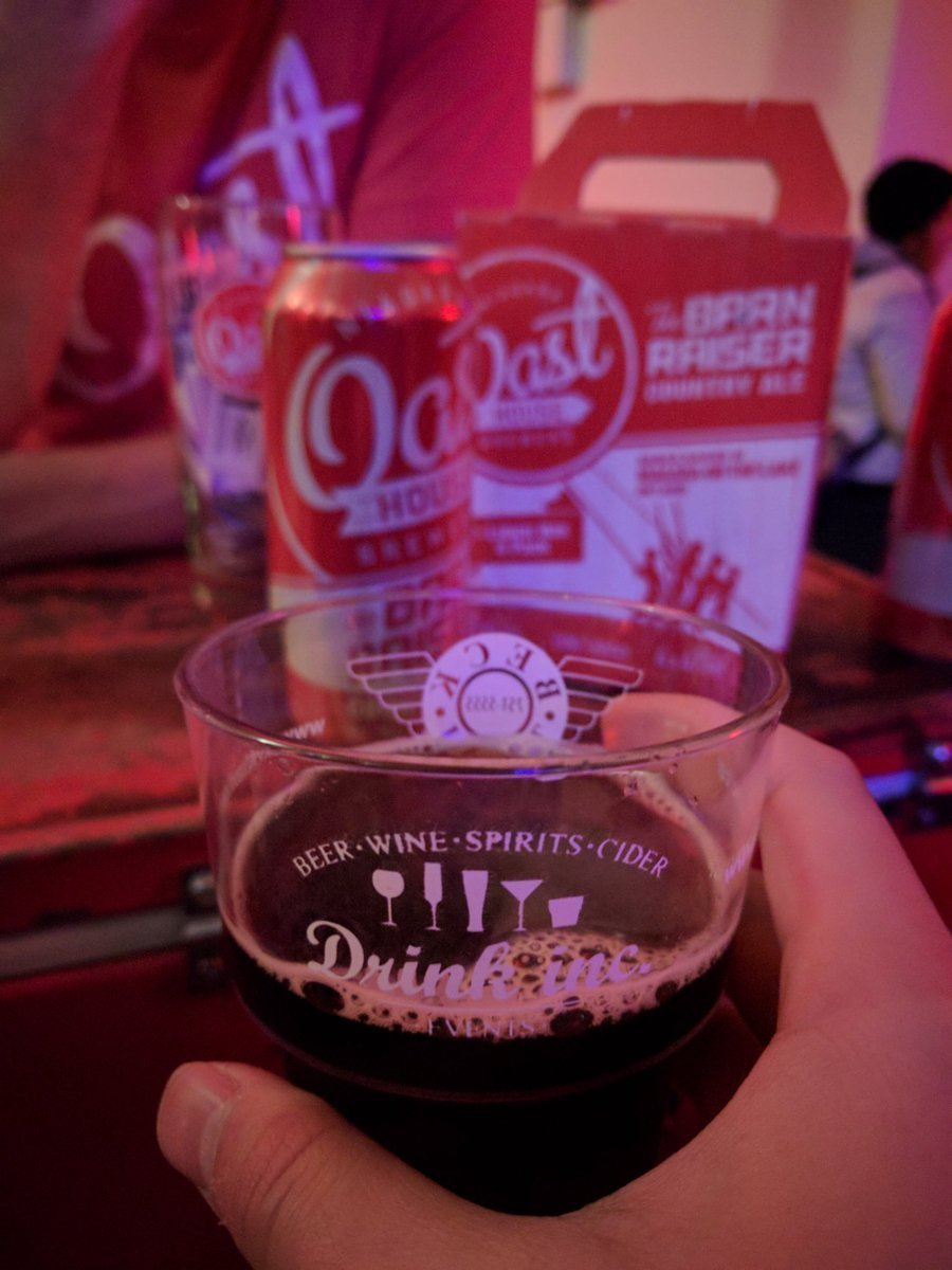 Travelling Foodie drinks Roasted Chestnut Brown Ale from Oast at Hoppy Holidays