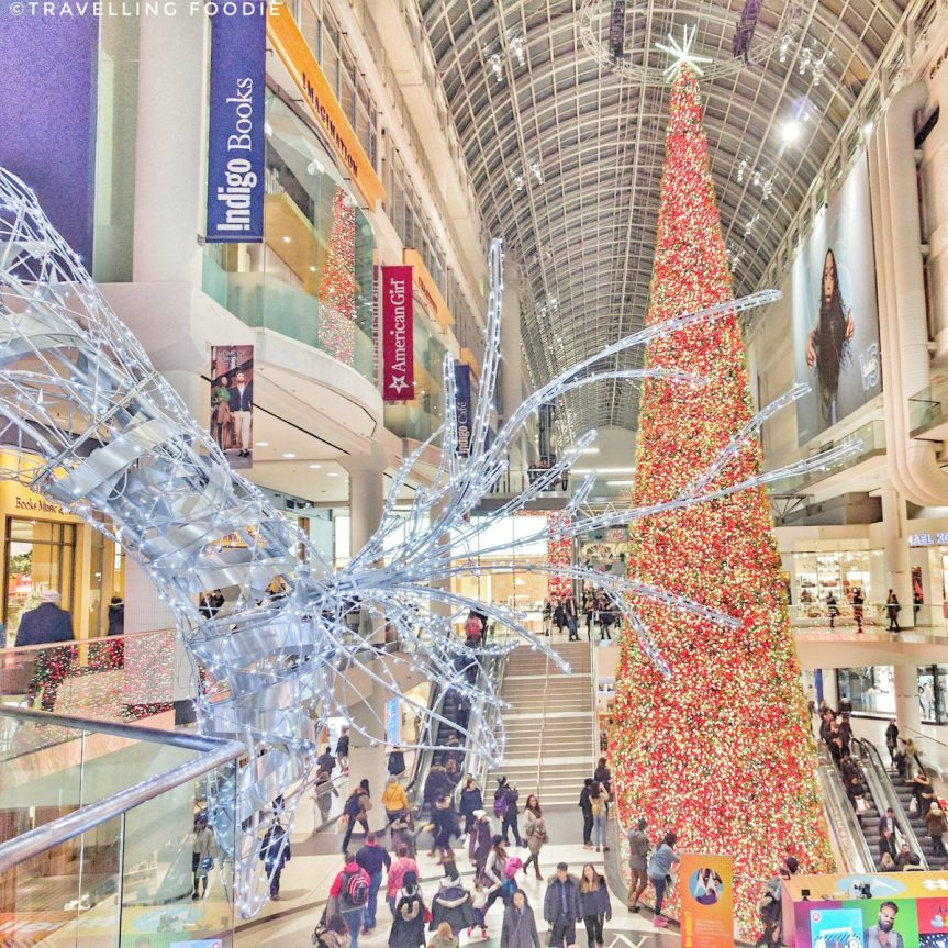 canadas largest christmas tree at the eaton centre - Largest Christmas Tree