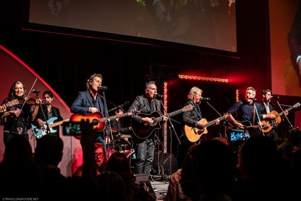 Annie Lindsay, Jimm Cuddy, Ed Robertson, Tom Cochrane, Devin Cuddy, Sam Polley in Encore at Canada's Great Kitchen Party in Toronto, Ontario