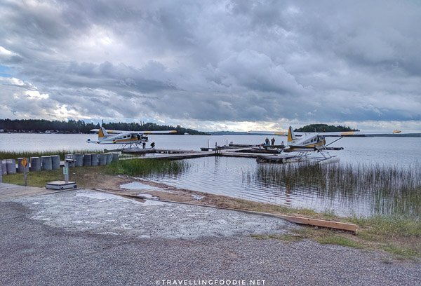 Float planes at the dock
