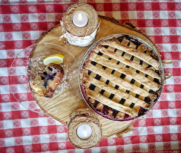 Wild blueberry Pie and Cake