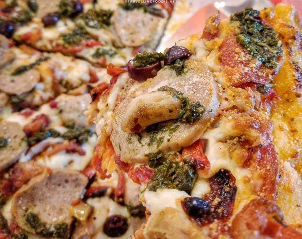 Haliburton Meat Lover at La Luna del Nordo Restaurant in Haliburton, Ontario (close-up)
