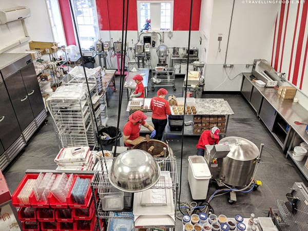 Live production facility at Sweet Pete's Candy Store in Jacksonville, Florida