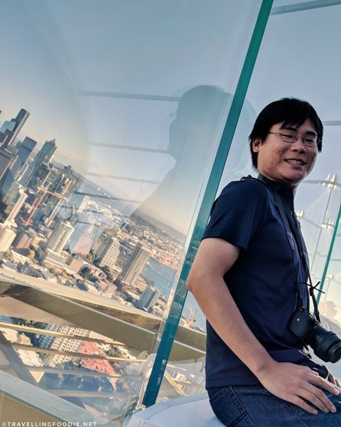 Travelling Foodie Raymond Cua on Skyrisers at Space Needle in Seattle, Washington