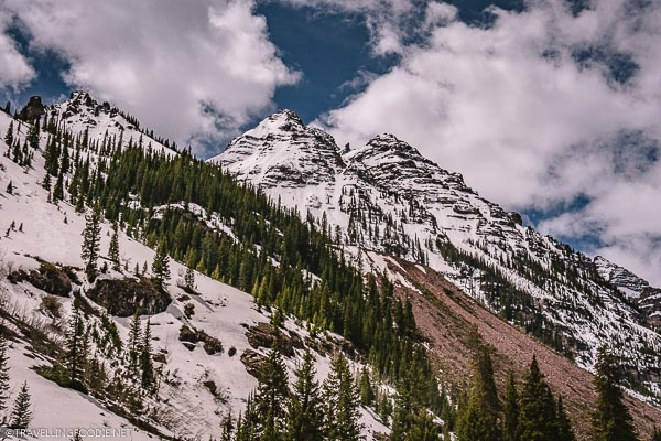 Snowy Mountains around Maroon Bells