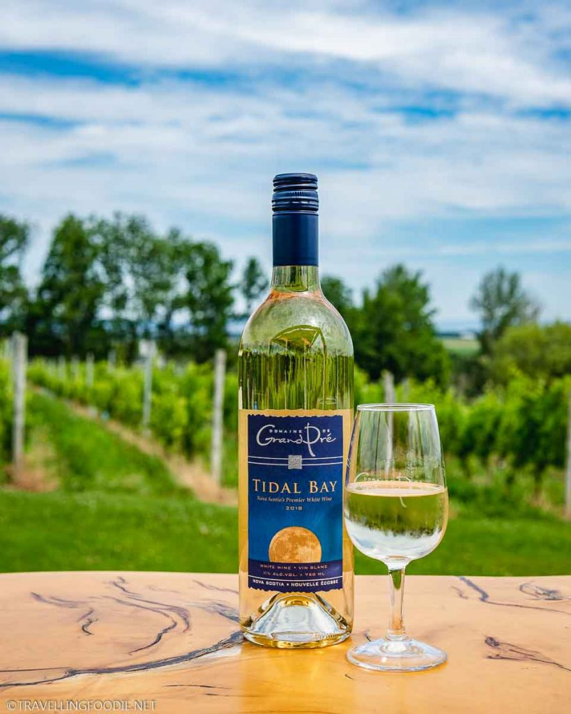 Tidal Bay Wine 2018 by the vineyards at Domaine Grand Pre Vineyards