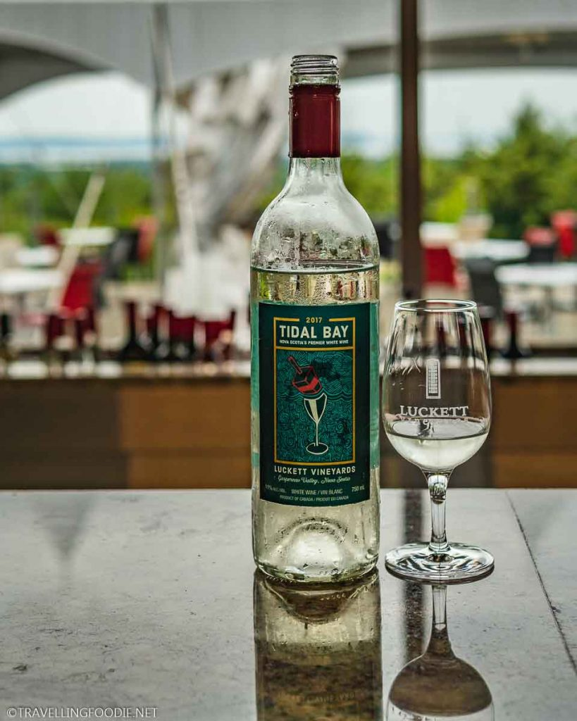 Tidal Bay Wine 2017 at Luckett Vineyards in Wolfville, Nova Scotia