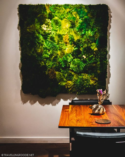 Table Setting and Green Wall Art at H4C par Dany Bolduc in Montreal, Quebec