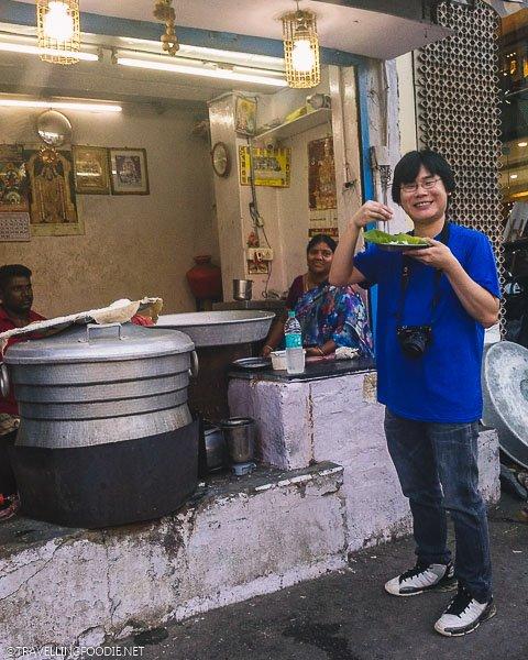 Travelling Foodie Raymond Cua eating Idiyappam / String Hoppers (इडियप्पम) on Madurai Street Food Tour