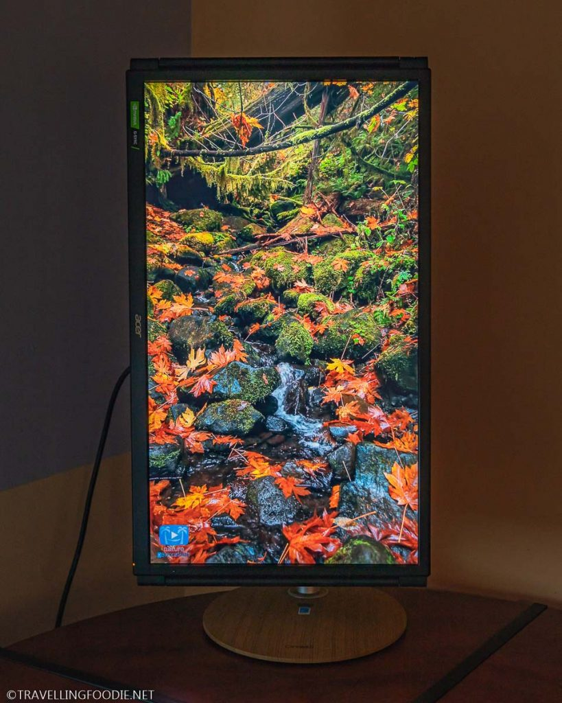 Acer ConceptD CP3 CP327K 4K Monitor showing vertical 4K Video of water flowing on stones