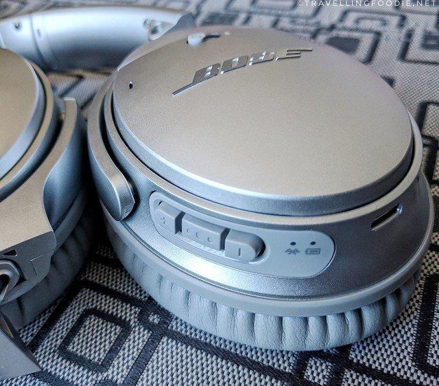 Bose QC35 Headphones Buttons